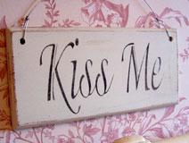 Antique Style Ivory 'Kiss Me' Plaque
