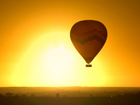 image of Sunrise Champagne Balloon Flight for Two